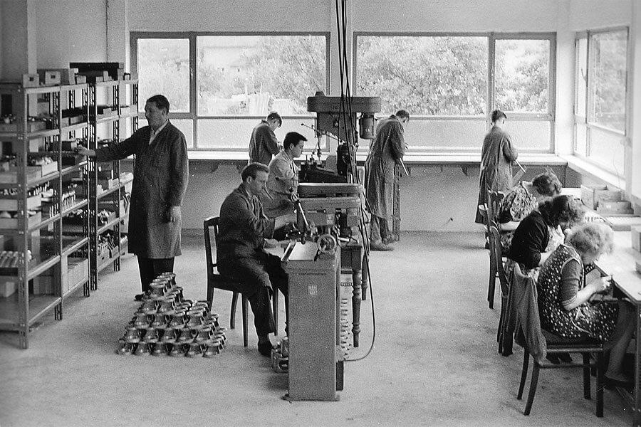 Mechanische Produktion im Firmengebäude in der Ringstraße, Anfang der 60er Jahre